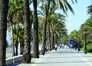 San_Pedro_promenade-300x216
