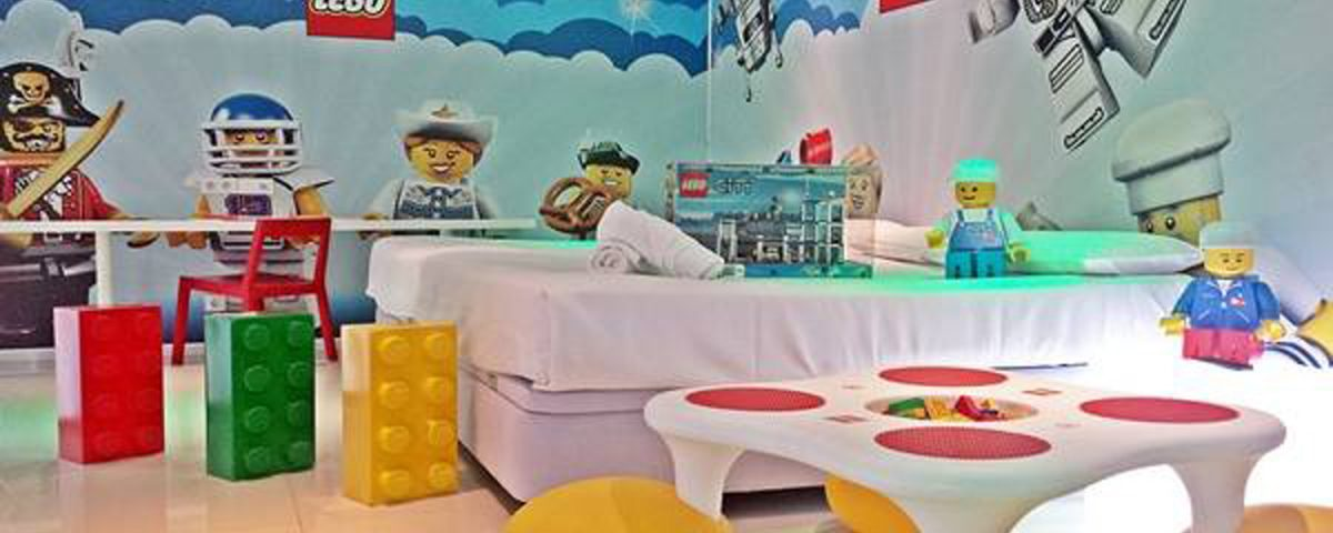toy hotel